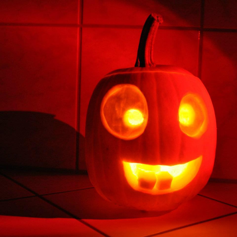halloween k rbisschnitzen vorlagen jack o lantern k rbis. Black Bedroom Furniture Sets. Home Design Ideas
